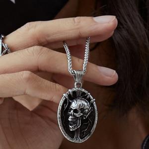 2020 Explosions Retro Skull Cross Necklace Metal Skull Pendant Gothic Jewelry Choker Pendant Crow Skull Chain Skeleton Trendy